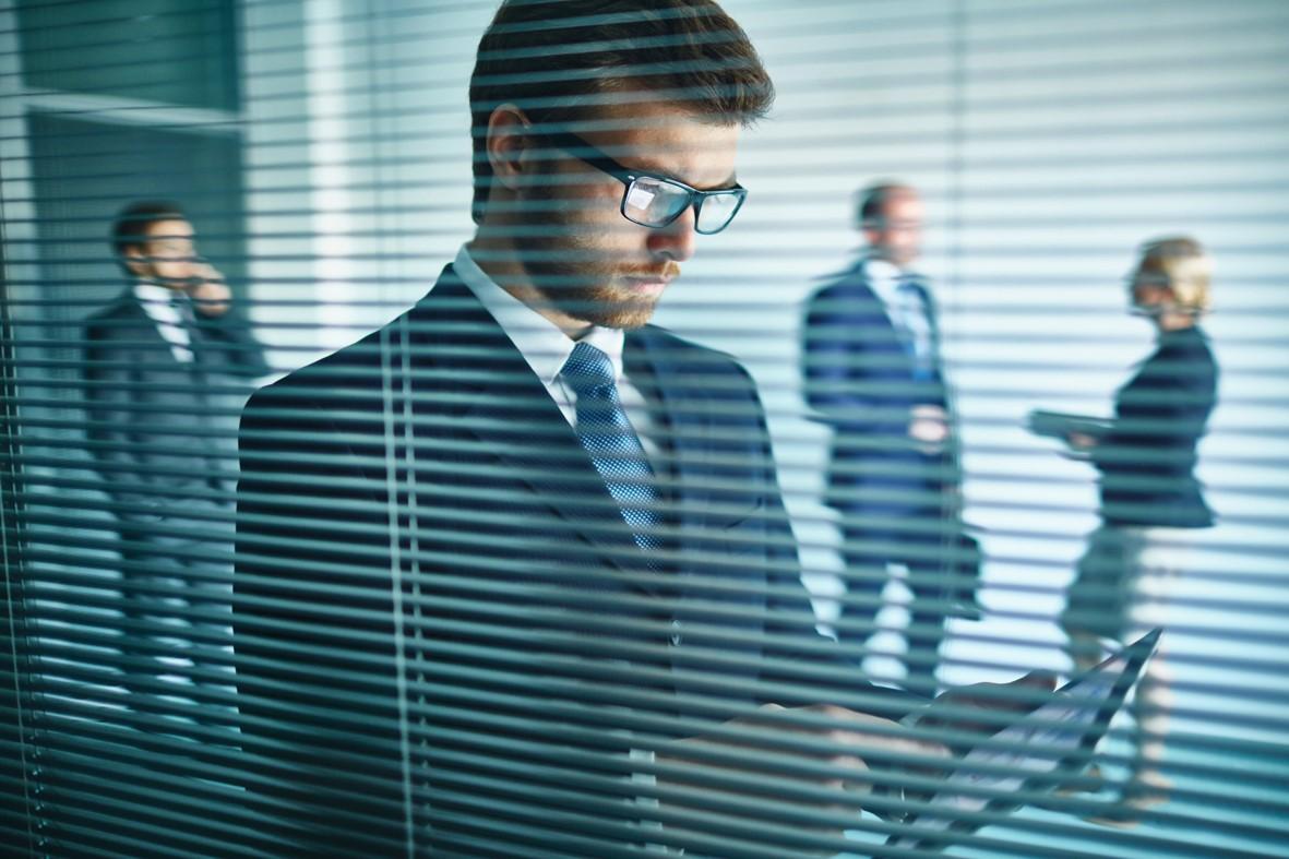 """Erfolg transparent machen: Mitarbeiter und Bereiche """"beidhändig"""" führen"""