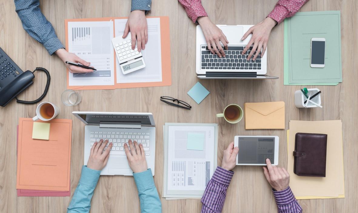 Wie Führungskräfte ihre Mitarbeiter dazu motivieren, ihr Wissen zu teilen