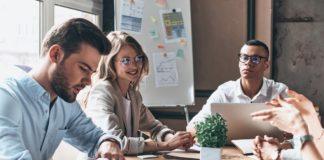 Wie Online-Schulungen dazu beitragen können, dass Büroangestellte im Jahr 2021 berufliche Fähigkeiten erwerben und entwickeln